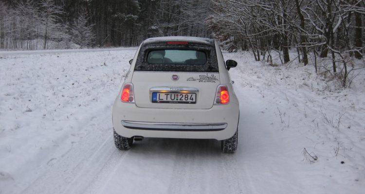 20110223_Fiat_500C_TwinAir_03