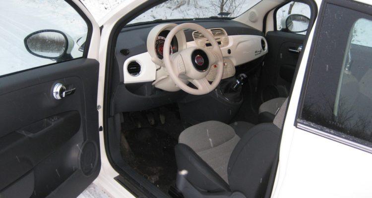 20110223_Fiat_500C_TwinAir_09