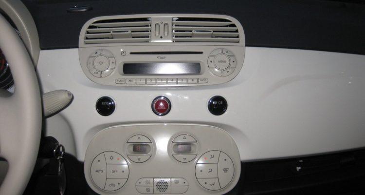 20110223_Fiat_500C_TwinAir_11