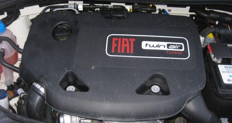 20110223_Fiat_500C_TwinAir_17