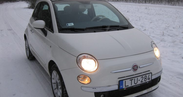 20110223_Fiat_500C_TwinAir_19