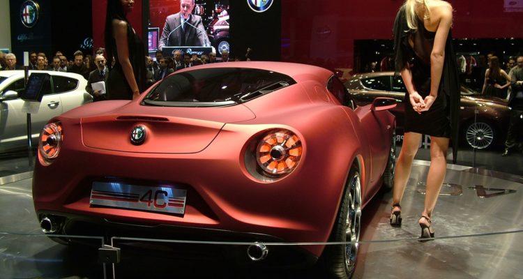 20110301_Alfa_Romeo_4C_Concept_Genf_2011_04