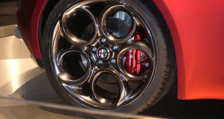 20110301_Alfa_Romeo_4C_Concept_Genf_2011_06