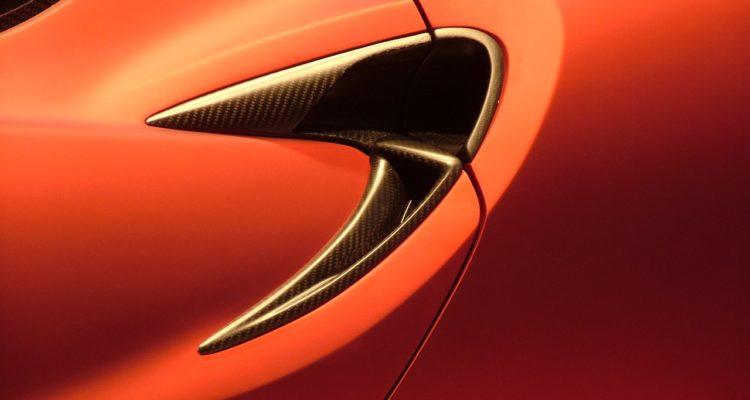 20110301_Alfa_Romeo_4C_Concept_Genf_2011_12