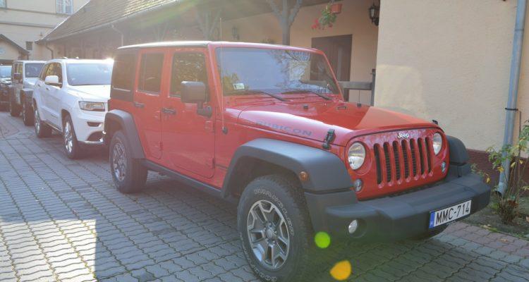 20131115_Jeep_Grand_Cherokee_01
