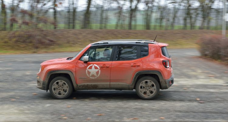 20141123_Jeep_Renegade_10