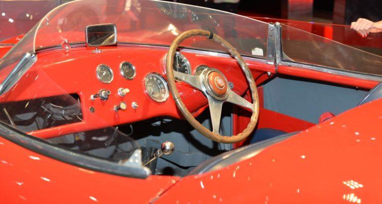20150302_Alfa_Romeo_1990_Sport_Spider_03