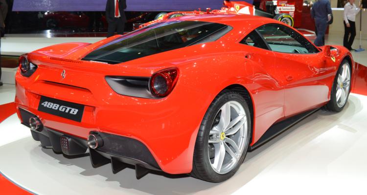 20150302_Ferrari_488_GTB_Genf_2015_03