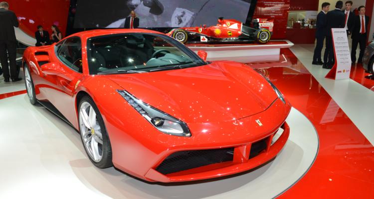 20150302_Ferrari_stand_Genf_2015_07