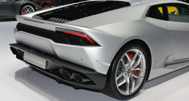 20150302_Lamborghini_stand_Genf_2015_02