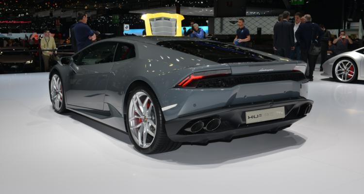 20150302_Lamborghini_stand_Genf_2015_03