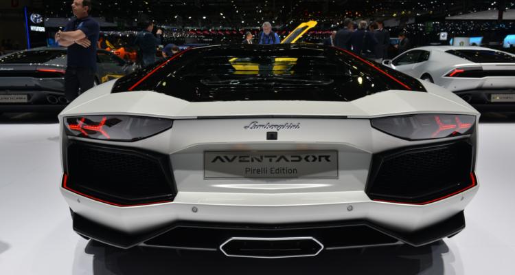20150302_Lamborghini_stand_Genf_2015_04