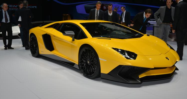 20150302_Lamborghini_stand_Genf_2015_09