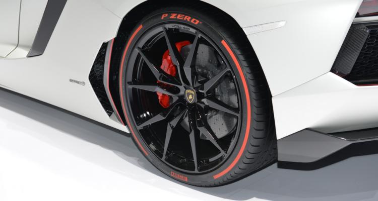 20150302_Lamborghini_stand_Genf_2015_13