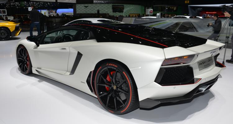 20150302_Lamborghini_stand_Genf_2015_14