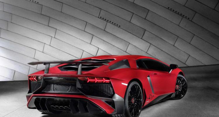 20150602_Lamborghini_Aventador_LP750_4_Superveloce_2