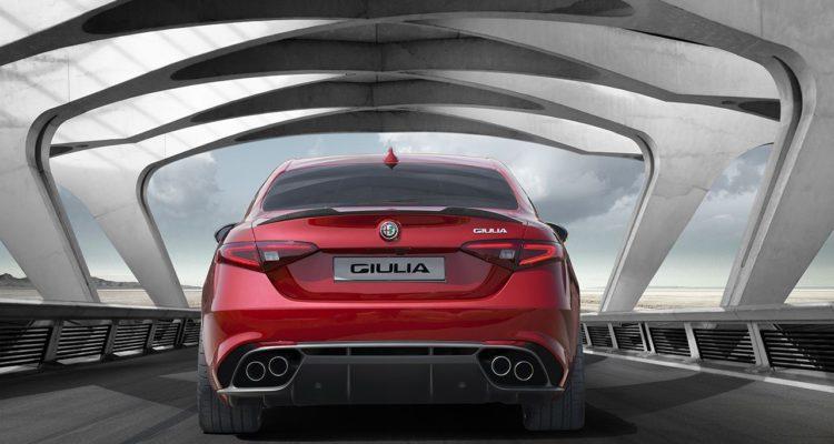 20150624_Alfa_Romeo_Giulia_HP3