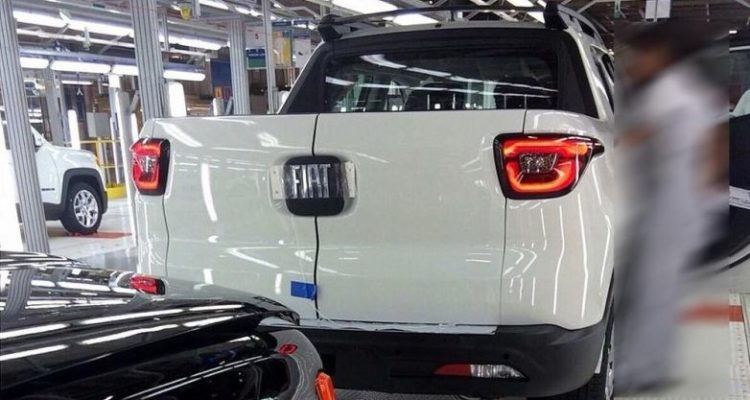 20151002_Fiat_Toro_3