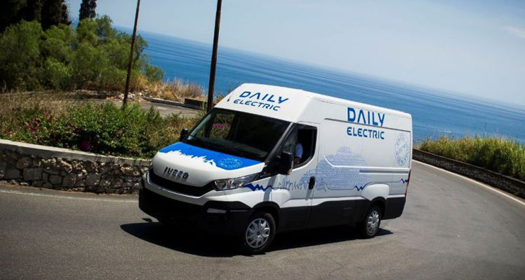 20151113_Iveco_Daily_electric_1