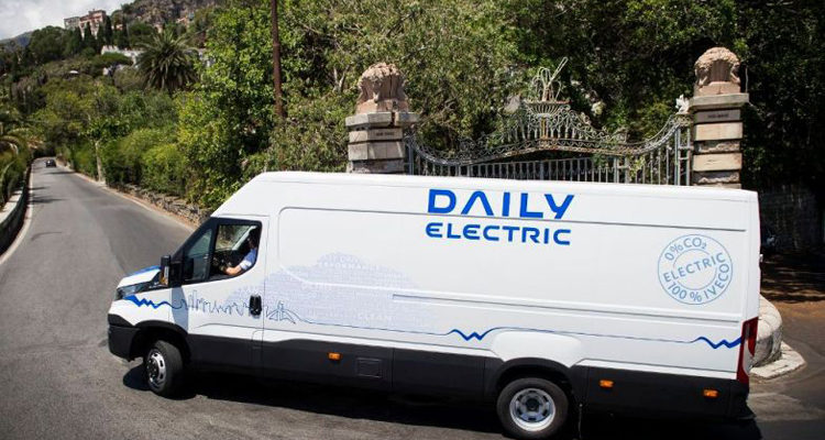20151113_Iveco_Daily_electric_2