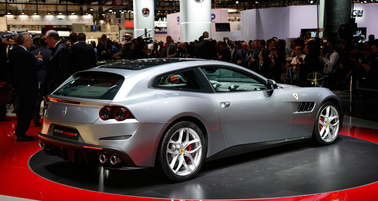 20160929_Ferrari_GTC4_Lusso_T_05