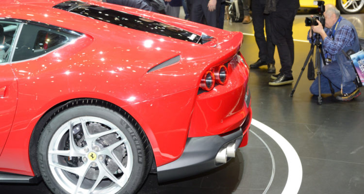 20170307_Ferrari_812_Superfast_Genf2017_05