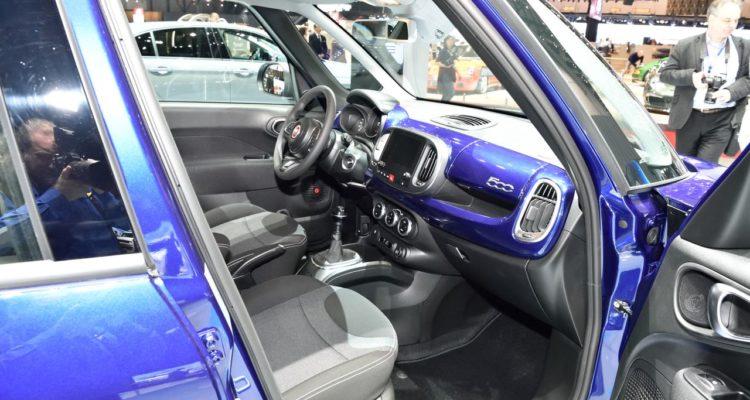 20180310_Fiat_500L_Mirror_05
