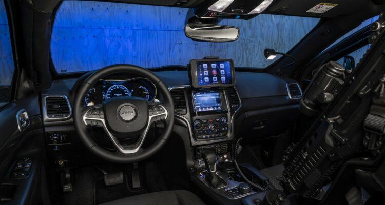 20181031_Jeep_Grand_Cherokee_Carabinieri_008