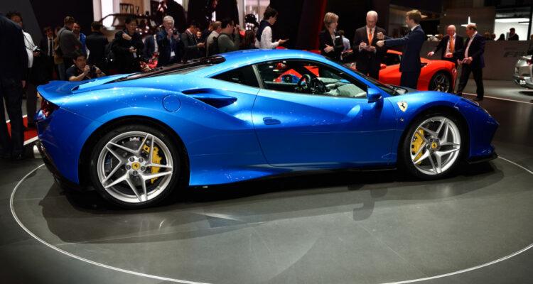 20190305_Ferrari_F8_Tributo_Genf_2019_05