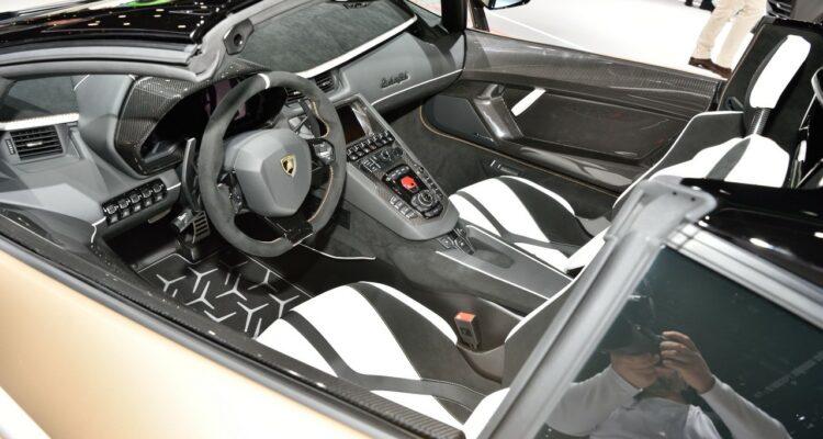 20190307_Lamborghini_Aventador_SVJ_Roadster_Genf_2019_04