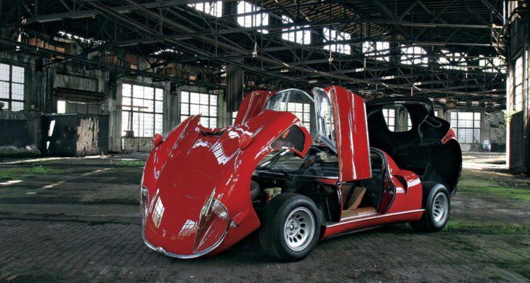 Alfa_Romeo_33_Stradale_04