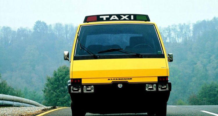 Alfa_Romeo_New_York_Taxi_03