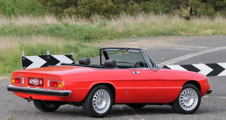 Alfa_Romeo_Spider_04